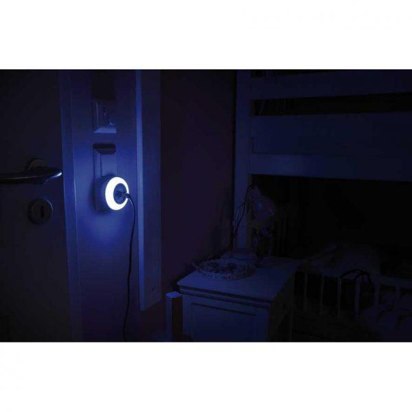 Светодиодный ночник-розетка Brennenstuhl с датчиком сумерек NL 09 RCD (3 цвета)