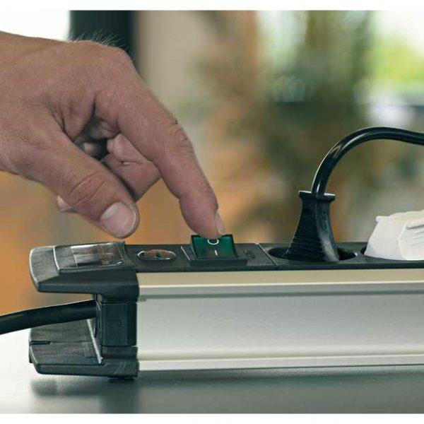 Удлинитель Premium-Alu-Line Technics,3м, 16А, 3600Вт., 6 розеток с тремя выключателями, кабель H05VV-F 3G1,5кв.мм. / 1391000078